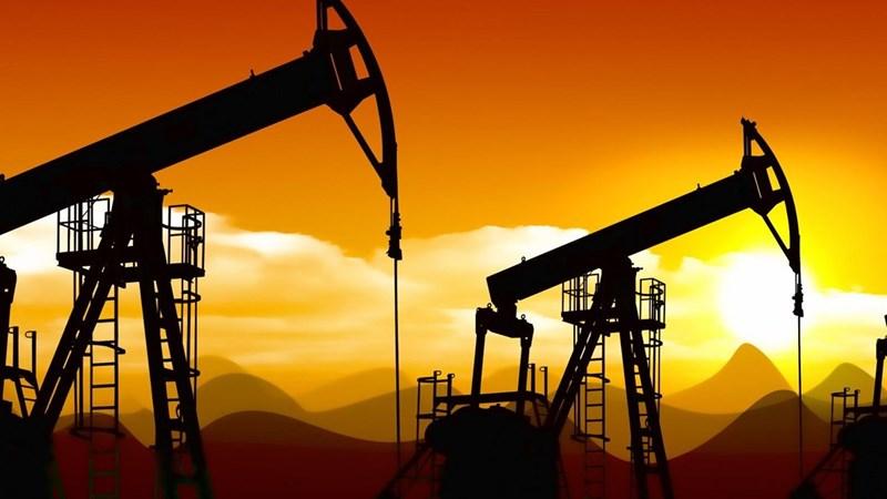 Giá dầu chạm mức cao nhất trong bối cảnh OPEC định tăng sản lượng