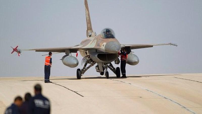 [Ảnh] Tiêm kích F-16 Israel bị tổ hợp phòng không Buk-M2E Syria bắn bị thương nặng?