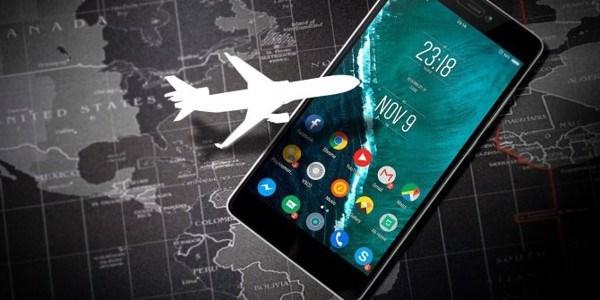 Tại sao chúng ta tắt điện thoại di động trên máy bay ?