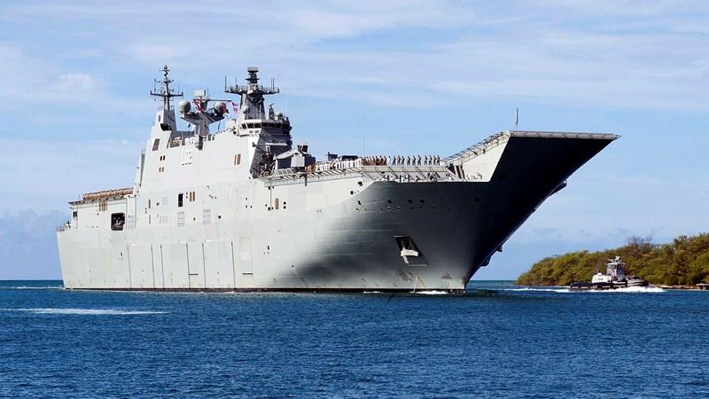 [Infographics] Siêu tàu đổ bộ của Úc, yếu tố gây bất ngờ cho Trung Quốc