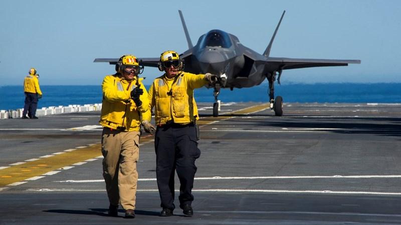 [Infographics] Trung Quốc lo ngại khi Mỹ điều siêu tàu đổ bộ chất đầy F-35B tới Thái Bình Dương