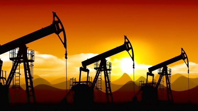 Giá dầu giảm tuần thứ hai liên tục