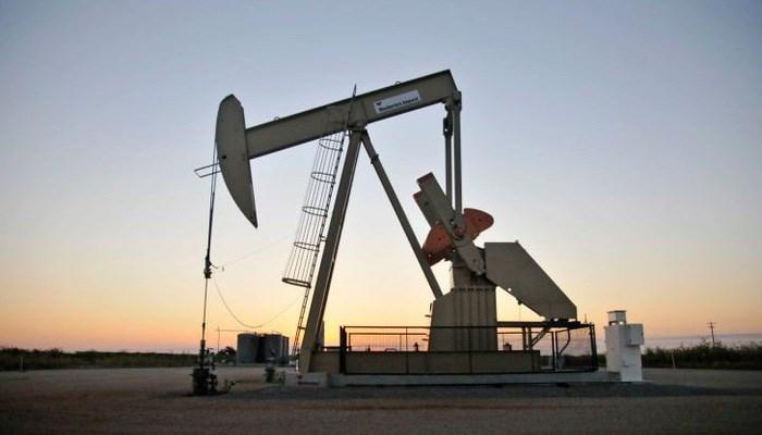 Căng thẳng địa chính trị, nguồn cung hạn chế đẩy giá dầu tăng mạnh