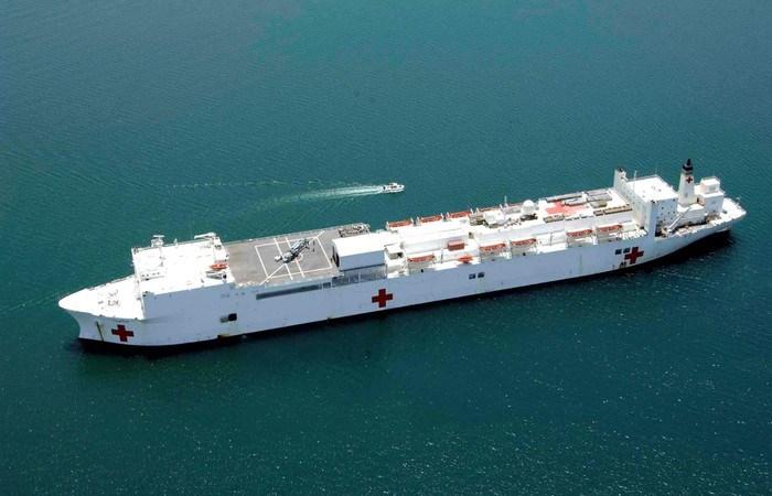 [Infographics] Mỹ điều siêu tàu bệnh viện tới Venezuela trong tình hình nóng