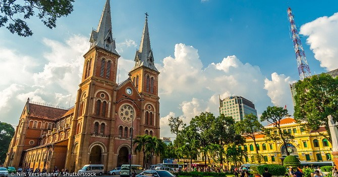Fitch nâng triển vọng tín nhiệm của Việt Nam