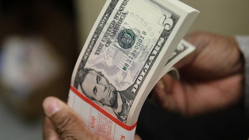 Tỷ giá ngoại tệ ngày 10/5: Đồng USD tiếp tục chìm trong sắc đỏ