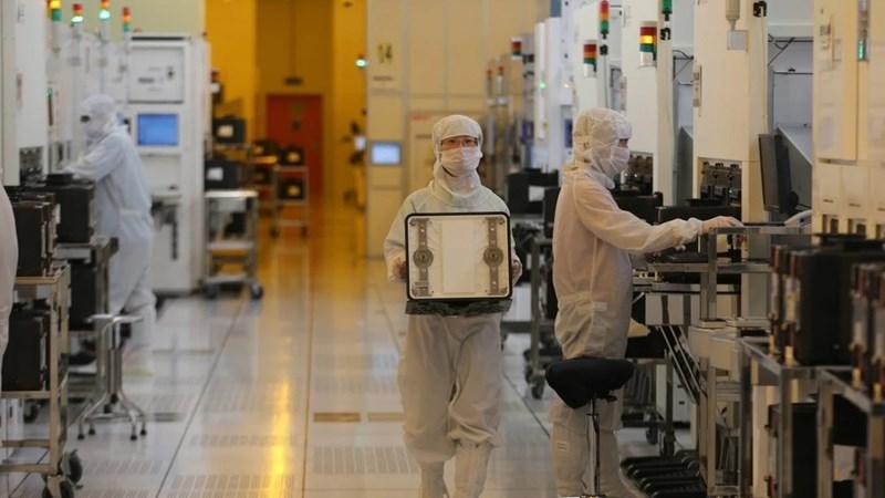 Trung Quốc bơm 2,2 tỷ USD để tránh phụ thuộc công nghệ Mỹ