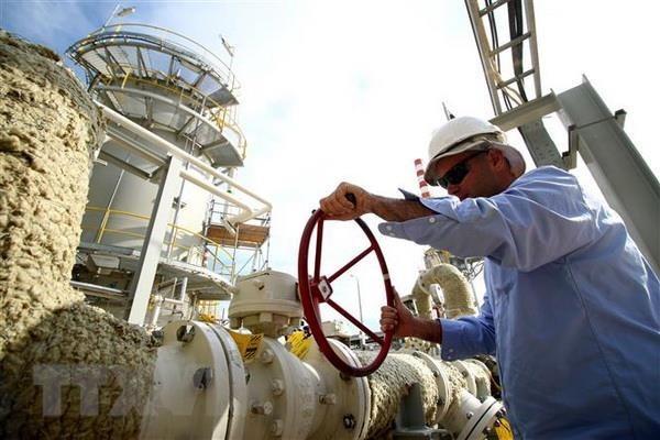 Giá dầu thế giới tăng lên các mức cao trong nhiều tuần