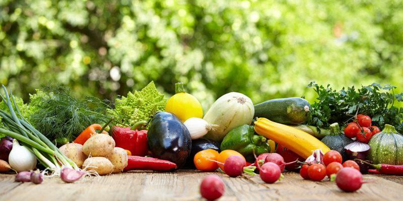Giá thực phẩm ngày 28/5: Giá rau đi ngang, trái cây giảm nhẹ
