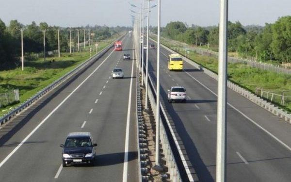 [Infographics] Đề xuất ba phương án đầu tư cao tốc Bắc-Nam