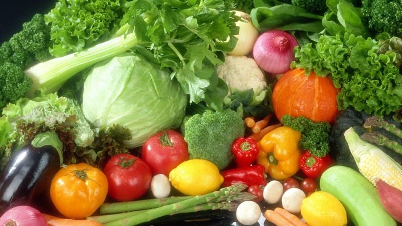 Giá thực phẩm rau củ quả ngày 21/6: Tiếp đà giảm