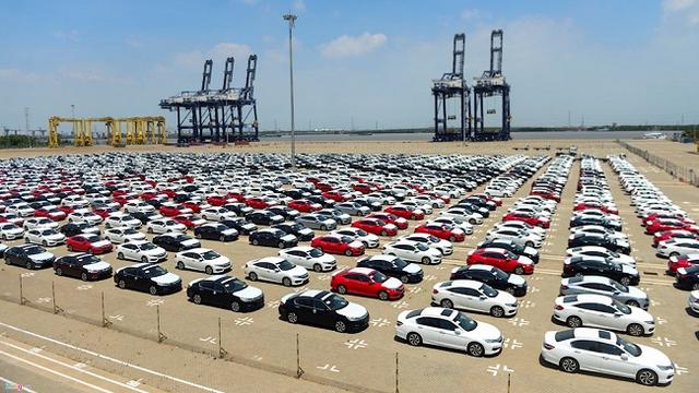 [Infographics] Tháng 5, Việt Nam nhập khẩu 15.600 chiếc ô tô các loại