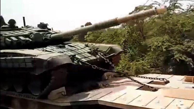 [Infographics] Ấn Độ tiếp tục điều lượng lớn xe tăng T-72 cực mạnh tới biên giới Trung Quốc
