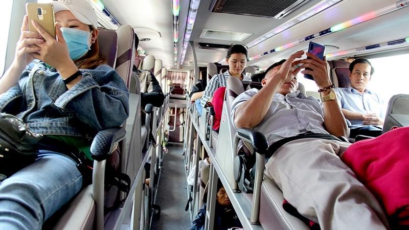 [Video] Mức xử phạt hành vi không thắt dây an toàn khi ngồi trên ôtô