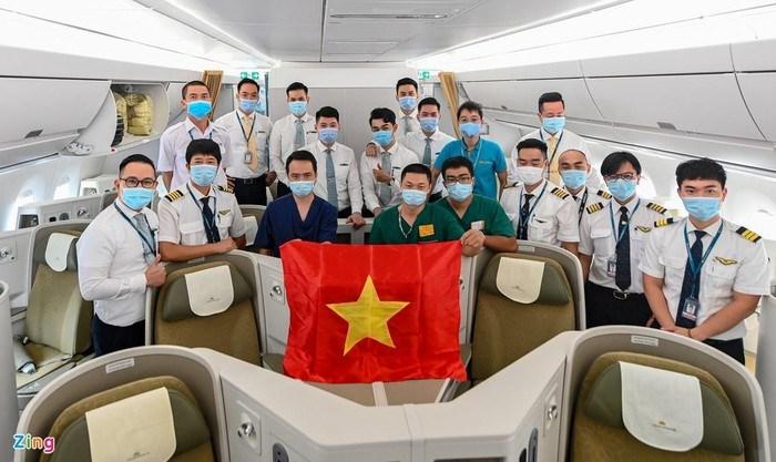 [Video] Buồng áp lực dương trên máy bay đón 120 bệnh nhân Covid-19 về nước