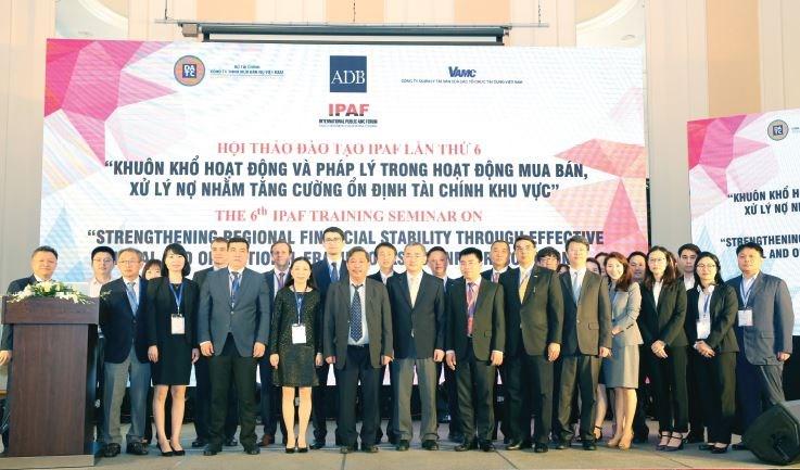 Xử lý nợ cho DATC: Nhìn từ kinh nghiệm các nước