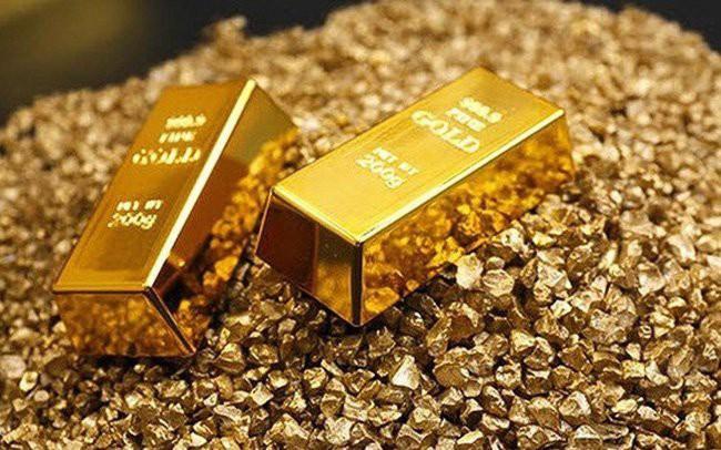 Căng thẳng thương mại leo thang tạo đà tăng cho giá vàng