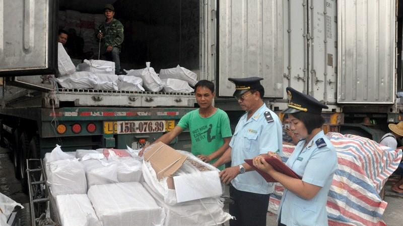 Nâng cao hiệu quả công tác chống buôn lậu, gian lận thương mại phù hợp với tình hình COVID-19