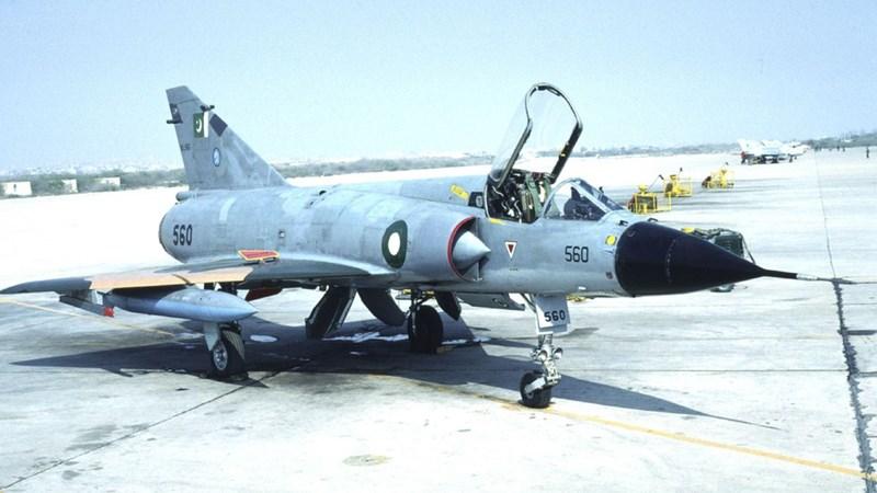 [Infographic] Mua thêm 36 chiến đấu cơ Mirage V, Pakistan quyết đấu Ấn Độ?