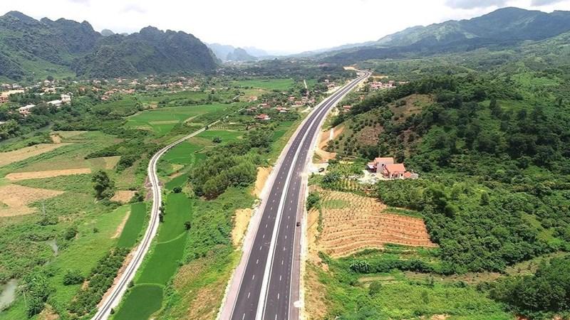 [Video] Đường cao tốc 12.000 tỷ sắp hoàn thành nối Bắc Giang với Lạng Sơn