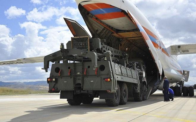 [Video] Nga tung video máy bay giao tên lửa S-400 cho Thổ Nhĩ Kỳ