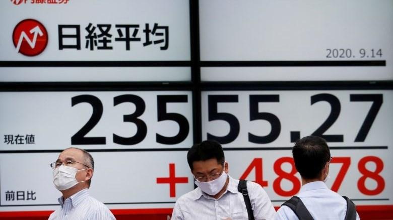 [Video] Sở Giao dịch chứng khoán Tokyo ngừng hoạt động vì sự cố