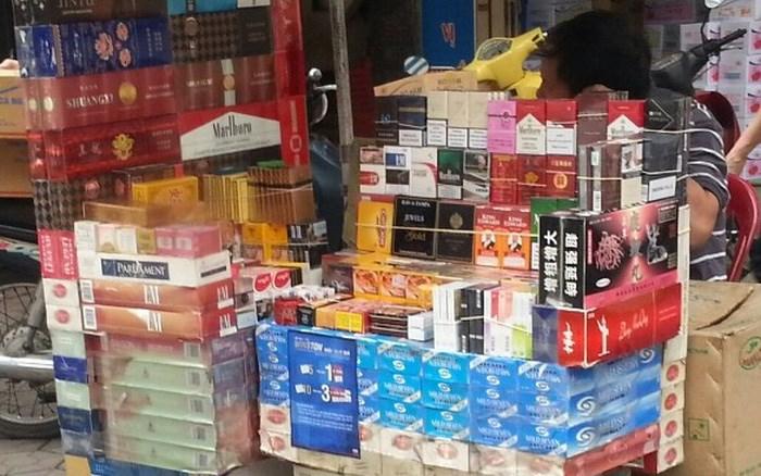 [Video] Buôn 1 bao thuốc lá nhập lậu có thể bị phạt tiền tới 3 triệu đồng