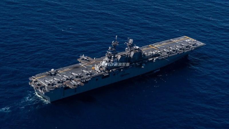 [Ảnh] Tàu đổ bộ tối tân nhất của Mỹ mang đầy F-35B tập trận tại Biển Đông
