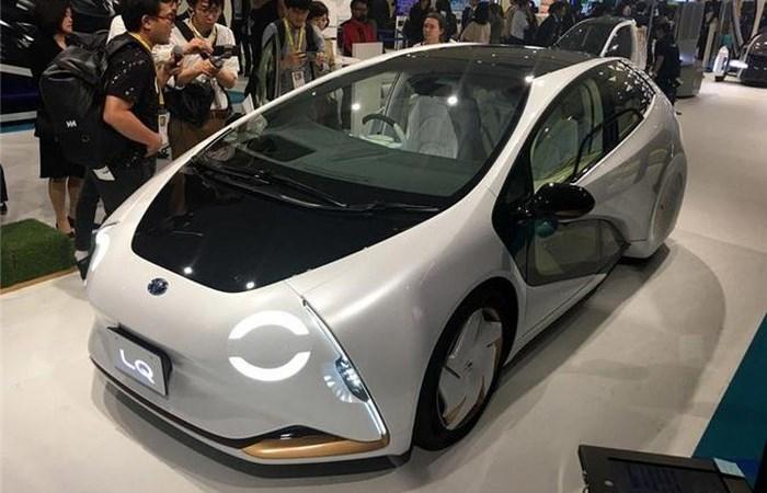 [Video] Toyota ra mắt mẫu xe trí tuệ nhân tạo, hộ trợ người lái