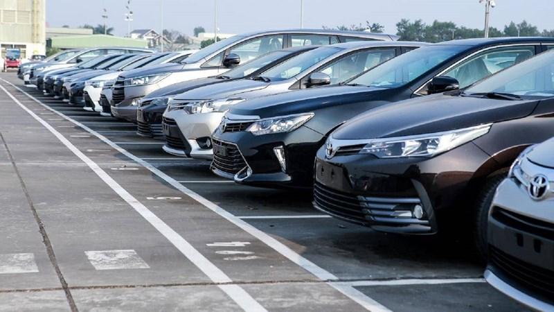 Bộ Tài chính ban hành biểu tính lệ phí trước bạ với ô tô, xe máy mới nhất