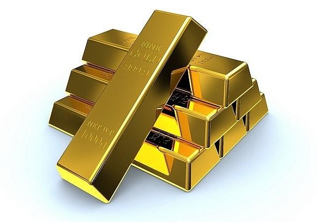 Giá vàng tăng nhẹ do áp lực bán còn mạnh
