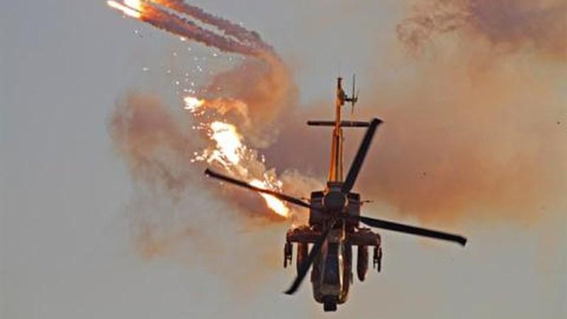 [Infographics] Đội quân nhà giàu Saudi Arabia khiến trực thăng Apache Mỹ nhận trái đắng