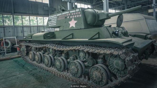 [Video]Trải nghiệm tự lái xe tăng như thời chiến