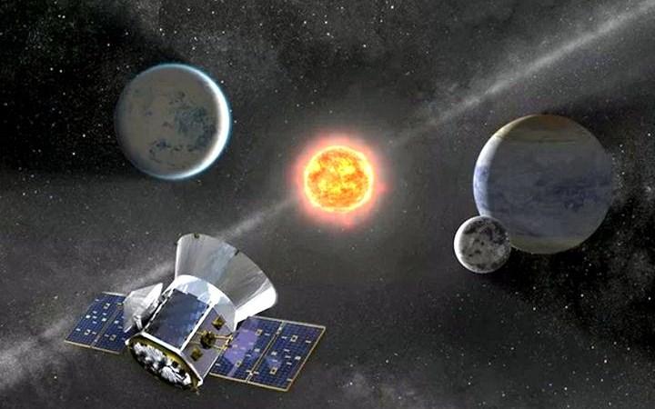 [Video] NASA dự định lắp mạng lưới ăng-ten ở vùng tối Mặt Trăng