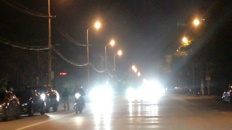 [Video] Sử dụng đèn pha thiếu ý thức dễ gây nguy cơ tai nạn giao thông