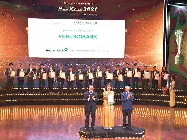 VCB Digibank nhận giải thưởng Sao Khuê 2021