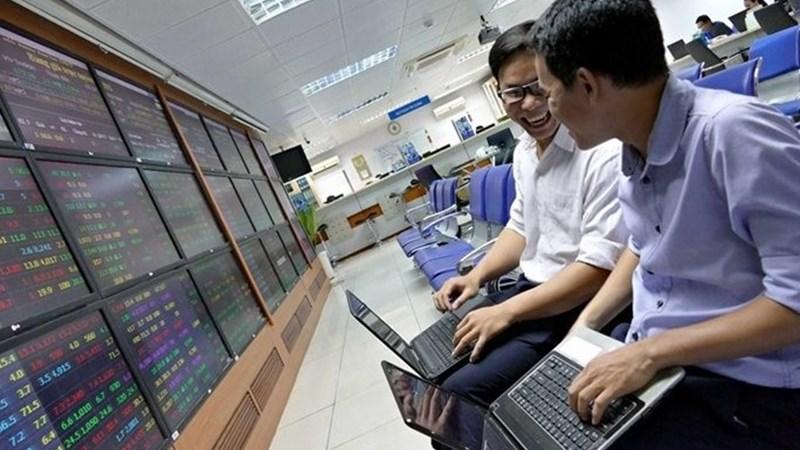 Thị trường chứng khoán - Tiếp đà hưng phấn?