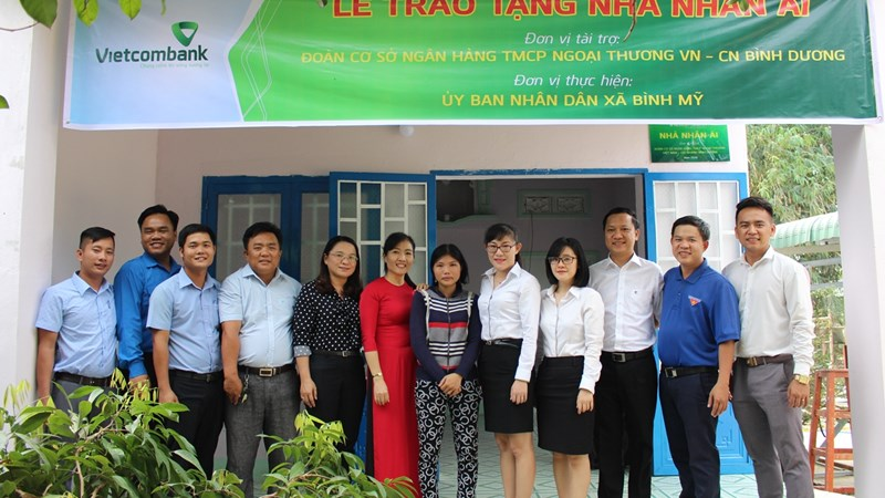 Tuổi trẻ phát huy vai tròxung kích vì sự phát triển của Vietcombank Bình Dương
