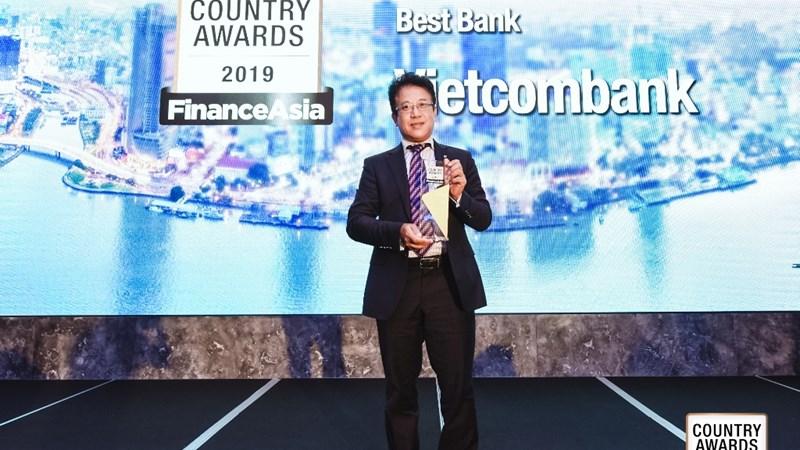 """Vietcombank nhận giải thưởng """"Ngân hàng tốt nhất Việt Nam năm 2019"""""""