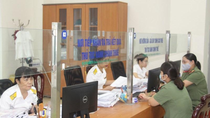 Cục Thuế Hòa Bình: Triển khai đồng bộ nhiều giải pháp trong những tháng cuối năm