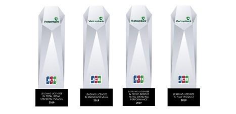 Tổ chức thẻ quốc tế trao 04 giải thưởng cho Vietcombank