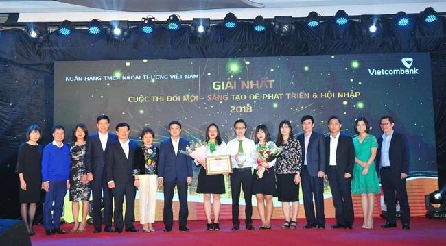 """Vietcombank với Cuộc thi """"Đổi mới – sáng tạo để phát triển và hội nhập"""""""