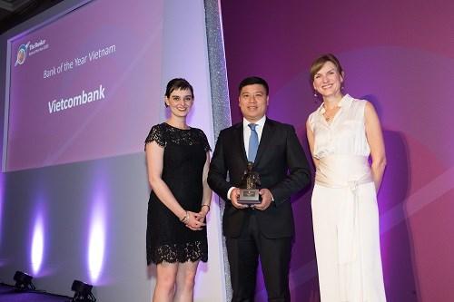 Vietcombank nhận giải thưởng Ngân hàng tiêu biểu năm 2018