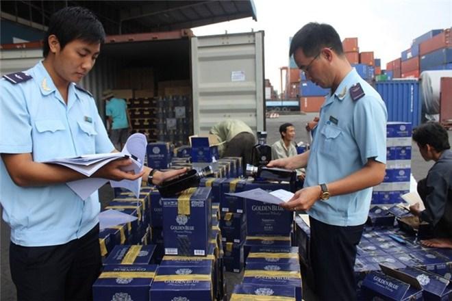 Chống buôn lậu - Cao điểm dịp cuối năm