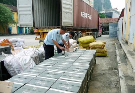 Hải quan Quảng Ninh: Phấn đấu hoàn thành thu ngân sách 2012