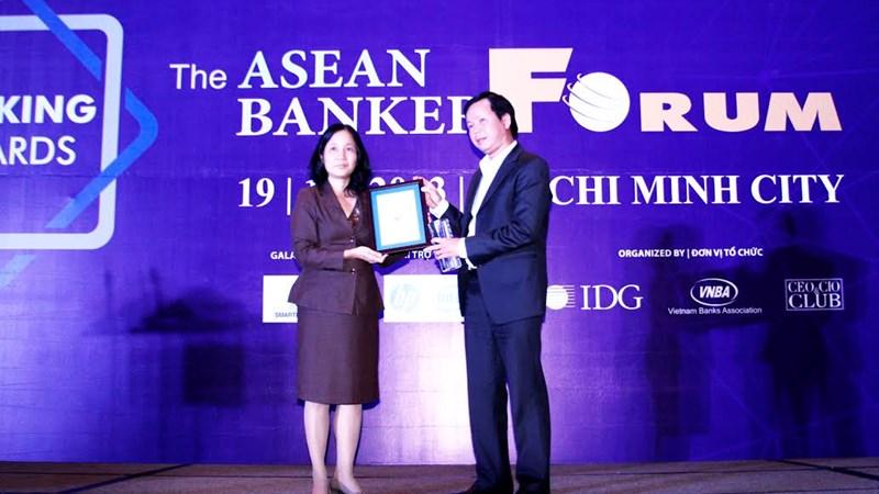 TPBank nhận giải Ngân hàng sáng tạo tiêu biểu Việt Nam 2013