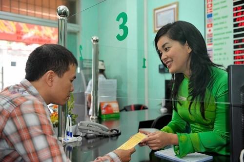 Vietcombank gia hạn Chương trình Tân sinh viên