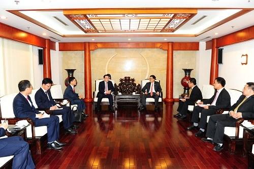 Tổng giám đốc Vietcombank tiếp tổng giám đốc Shinhanbank