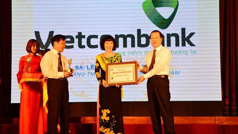 Đại diện Vietcombank được vinh danh là Nhà quản lý tài năng
