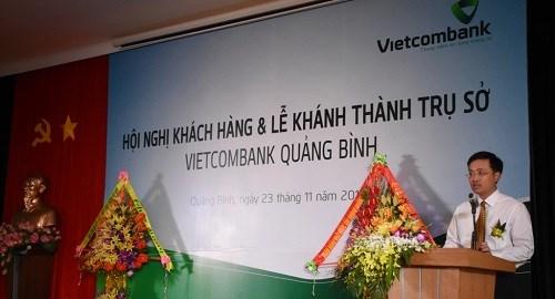 Vietcombank Quảng Bình: Tổ chức hội nghị khách hàng và khai trương trụ sở